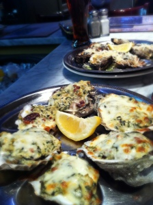 Six on the half shell, topped with creamy spinach, artichokes, applewood smoked bacon and parmesan cheese